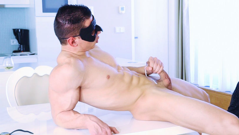 Peter Lipnik is the ultimate sperm donor at Maskurbate