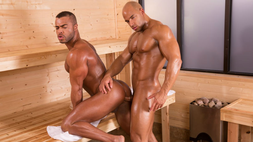 Micah Brandt makes Sean Zevran moan with pleasure at Hot House