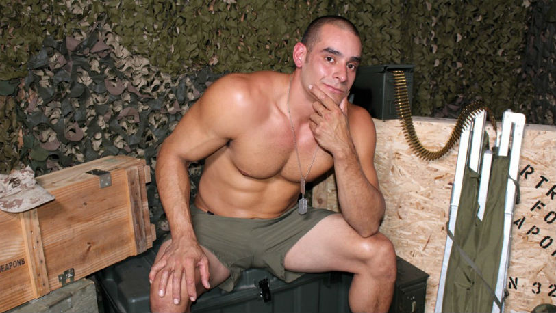 Max kicks his legs up to really focus on jerking his meat at Active Duty