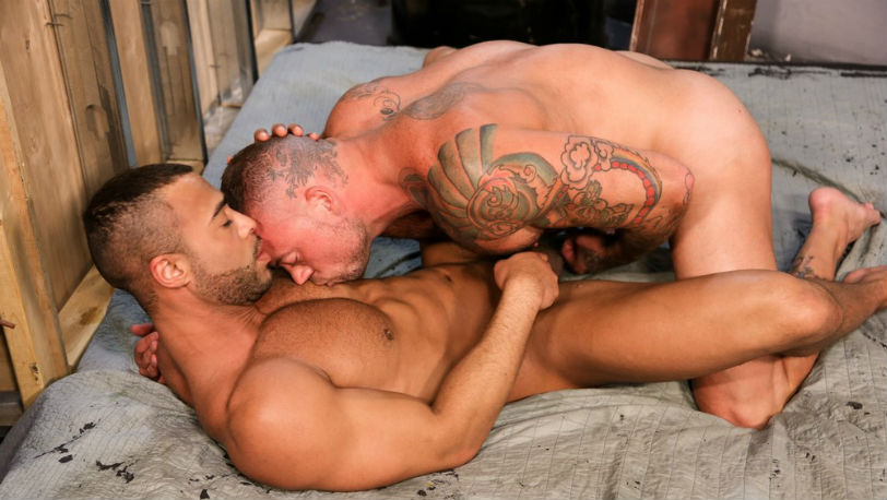 Sean Duran turns his attention to Micah Brandt's beautiful ass at Pride Studios