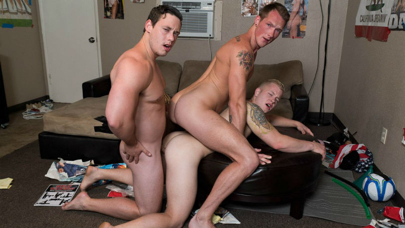 Hot jocks Jackson Cooper, Tobias and Leo Luckett in a hot fuck fest at Reality Dudes