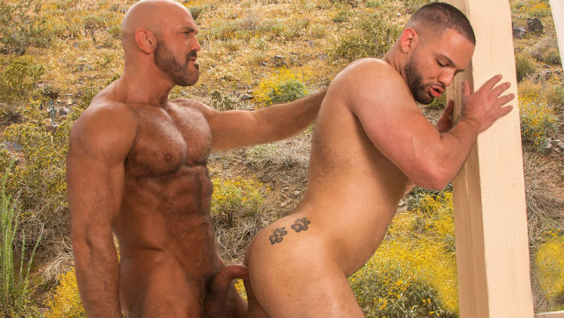 "Muscle hunks Julian Knowles and Jesse Jackman in ""Big Brother"" scene 3 from Titan Men"