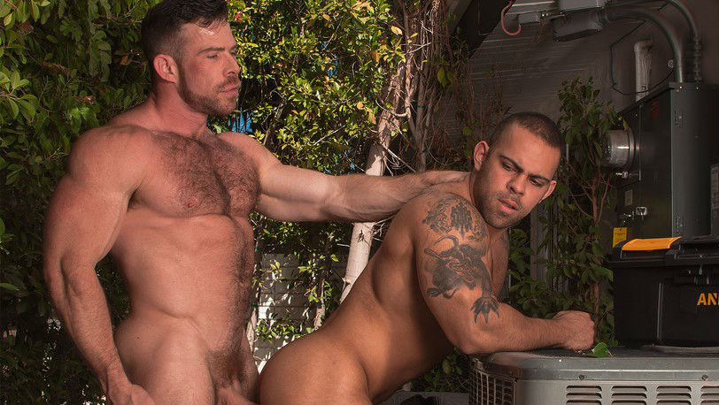 "Muscle hunks Liam Knox and Lorenzo Flexx in ""Big Brother"" scene 4 from Titan Men"