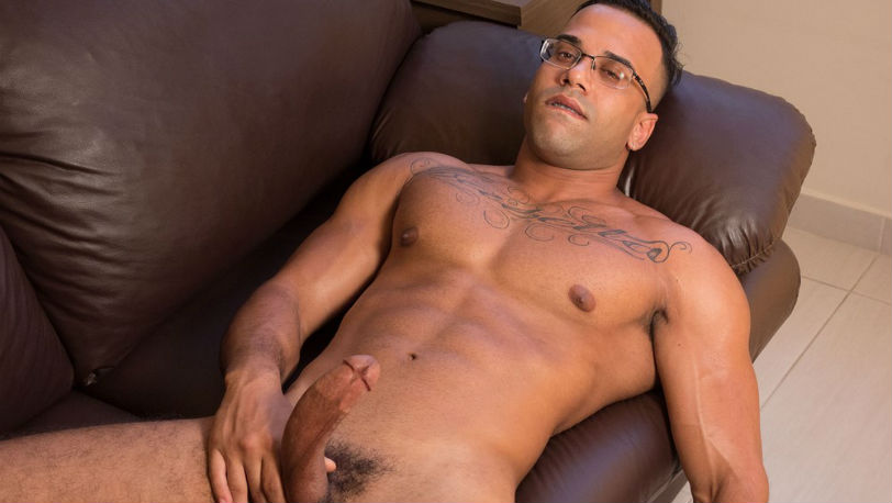 "Brazilian Mauricio shows that big fat cock of his in a new ""XXX Castings"" at Lucas Kazan"