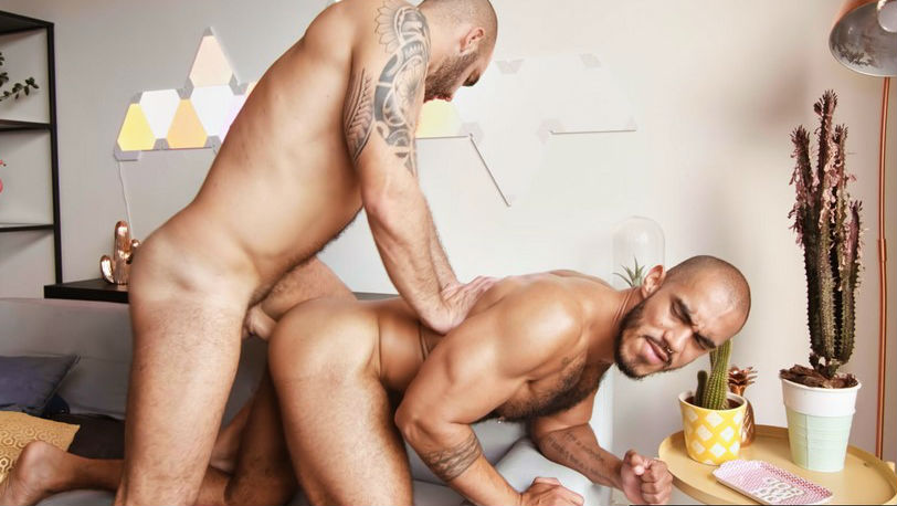 TimTales : Adam Sahar gives his big thick Spanish cock to the sexy Louis Ricaut
