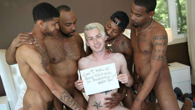 Deepdicc, Leon Da Freak, Ray Diesel and Tezjork fuck Skylar Starr at Blacks on Boys