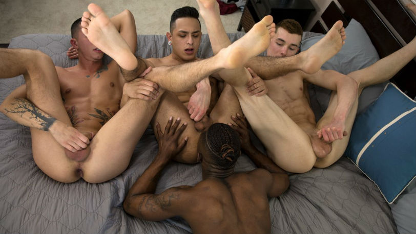 Mateo Vice and Miller Axton take turns fucking Hoss Kado and Vincent O'Reilly at Guys in Sweatpants
