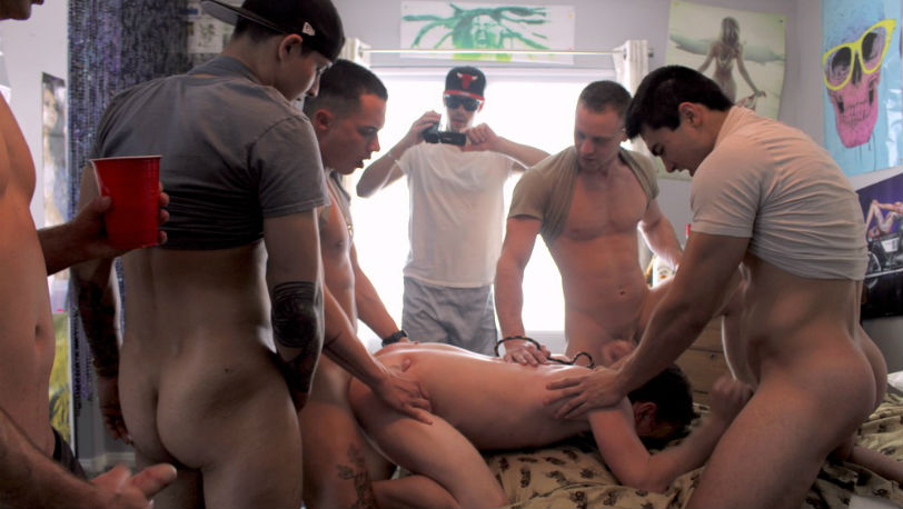 Fraternity X : He was crawling around everywhere sucking dick