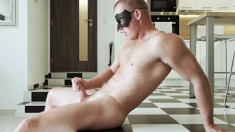 New Maskurbate model Matt has a good hard-on and an amazing body