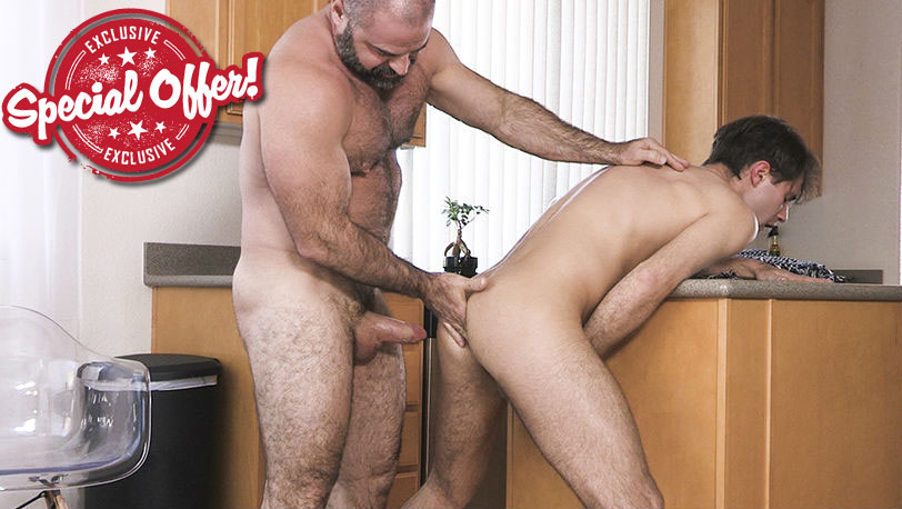 Family Dick : Love At Home Chapter 4 - Morning Quickie